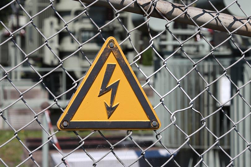 خطرات انرژی الکتریکی